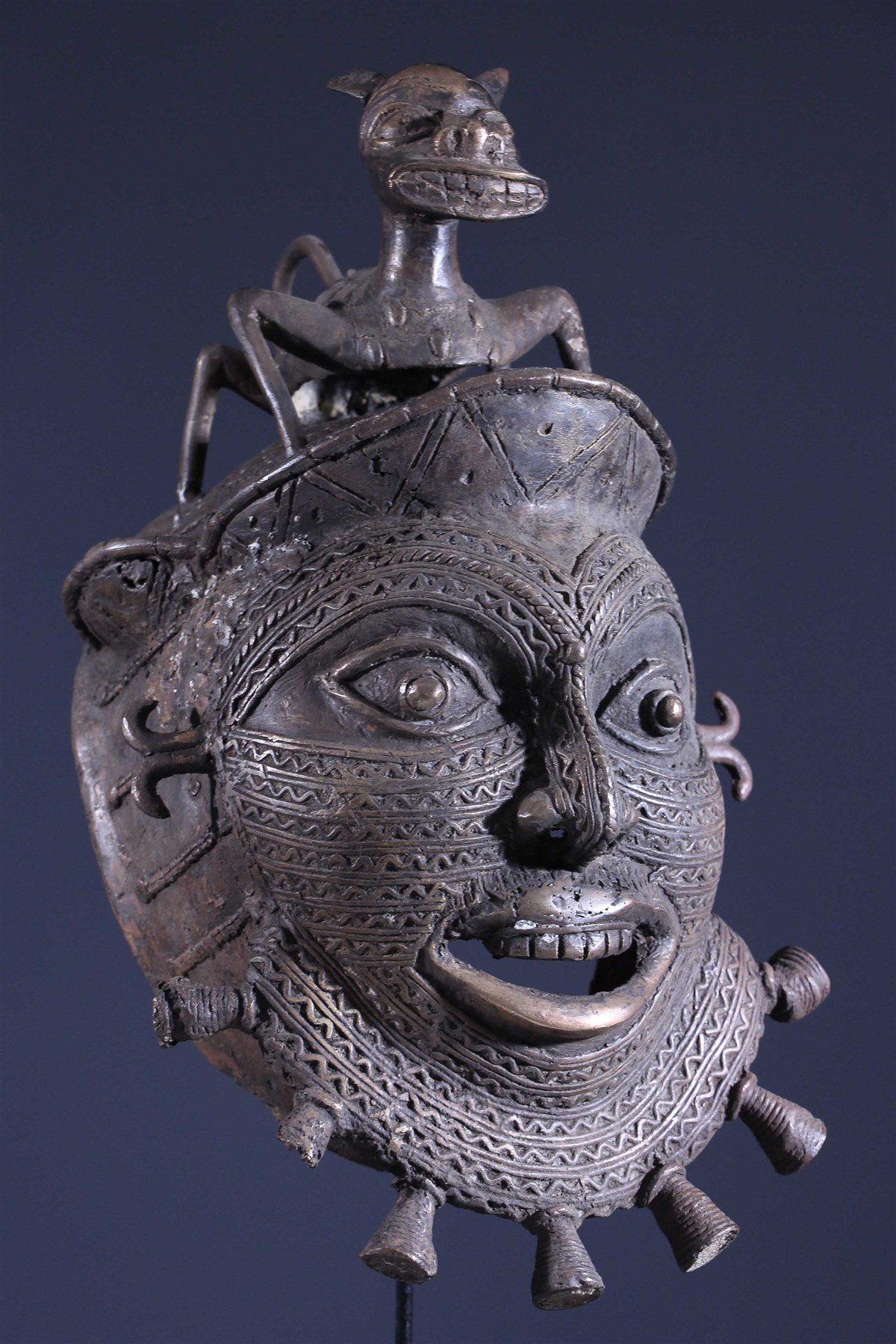 Masque Tikar en bronze - Art africain