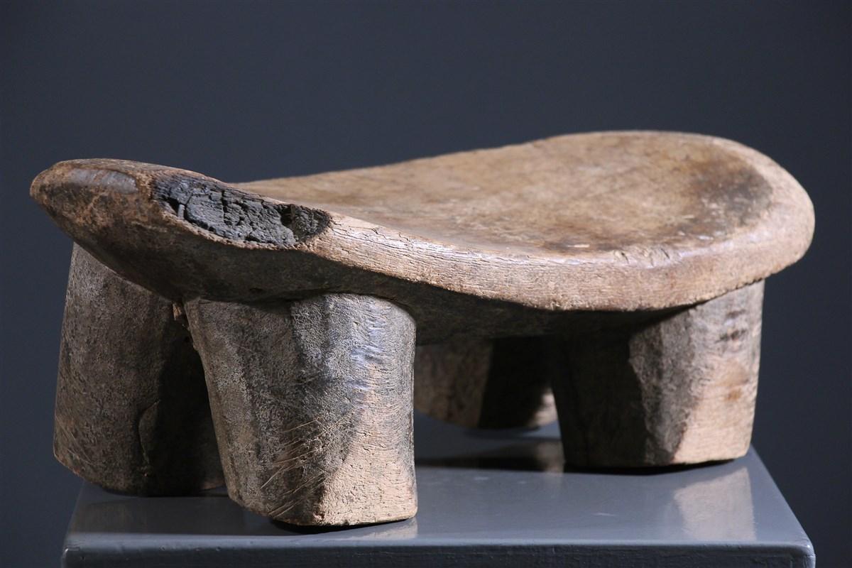 Tabouret Lobi - art primitif