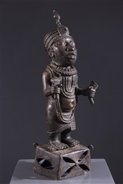 bronze africainFigure de dignitaire Bénin Bini Edo