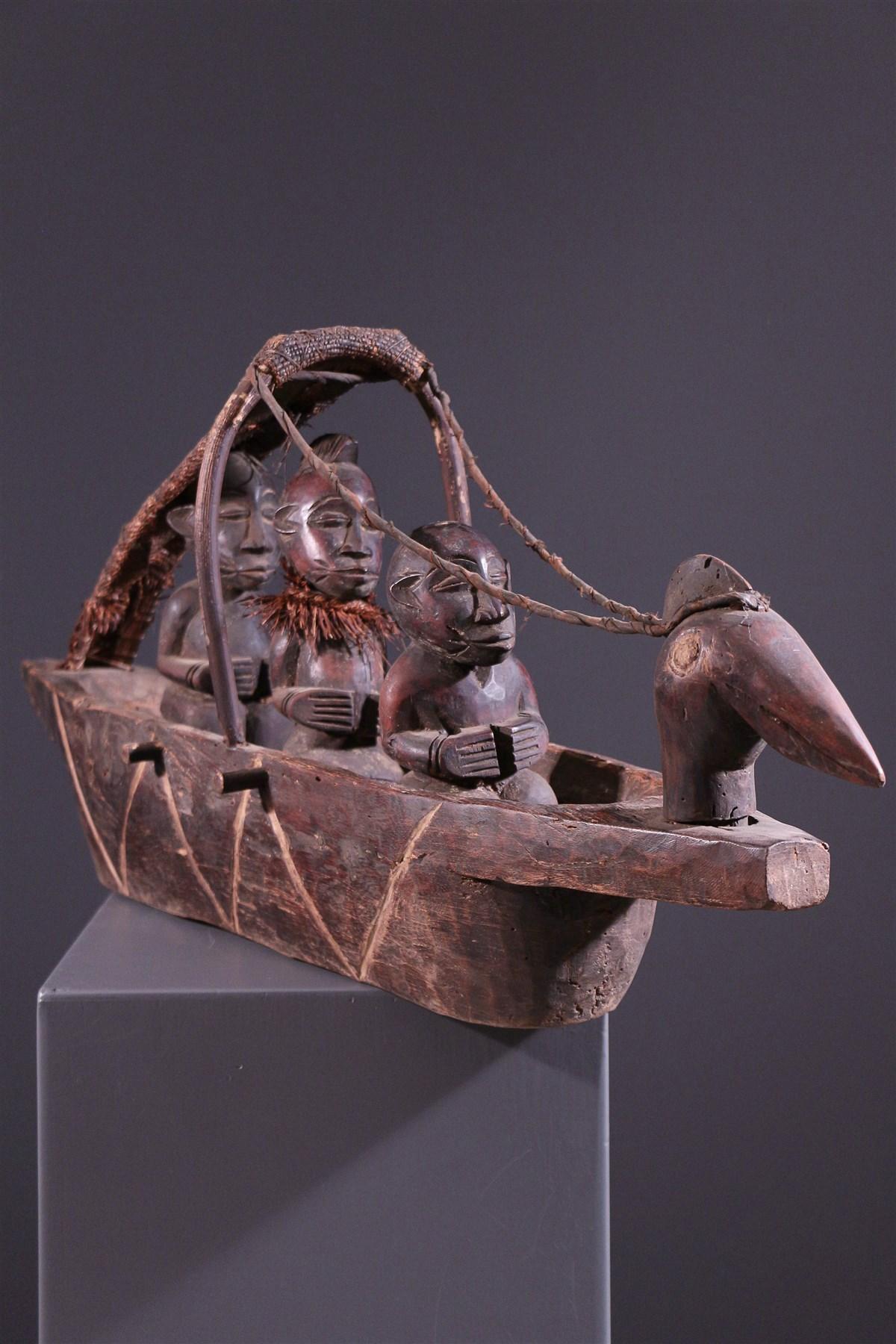 art africain pirogue