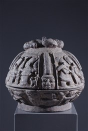 Pots, jarres, callebasses, urnesCoupe de divination Opon Igebe Ifa