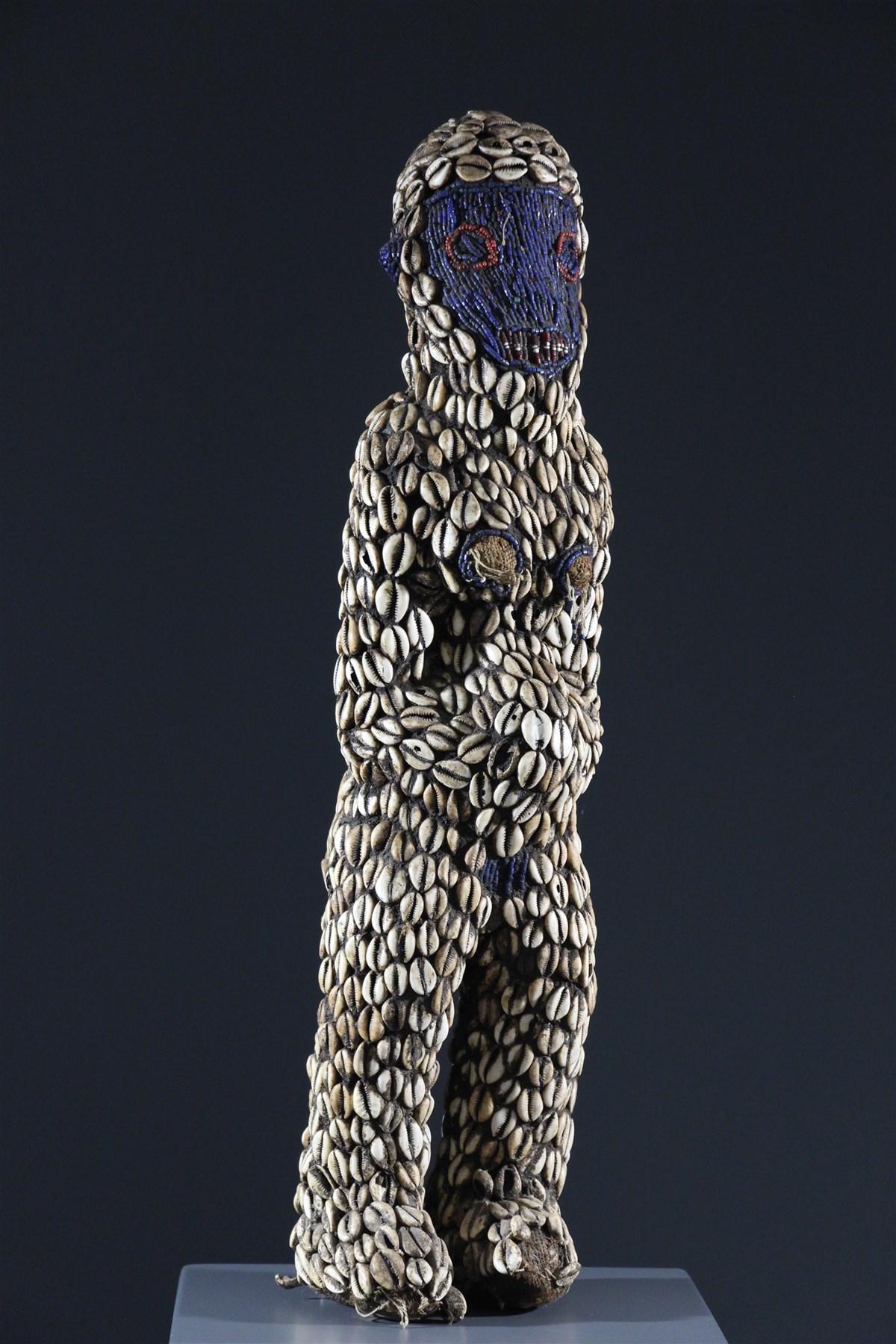 Statue féminine Bamoun - art primitif