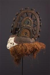 Masque africainMasque Igbo polychrome