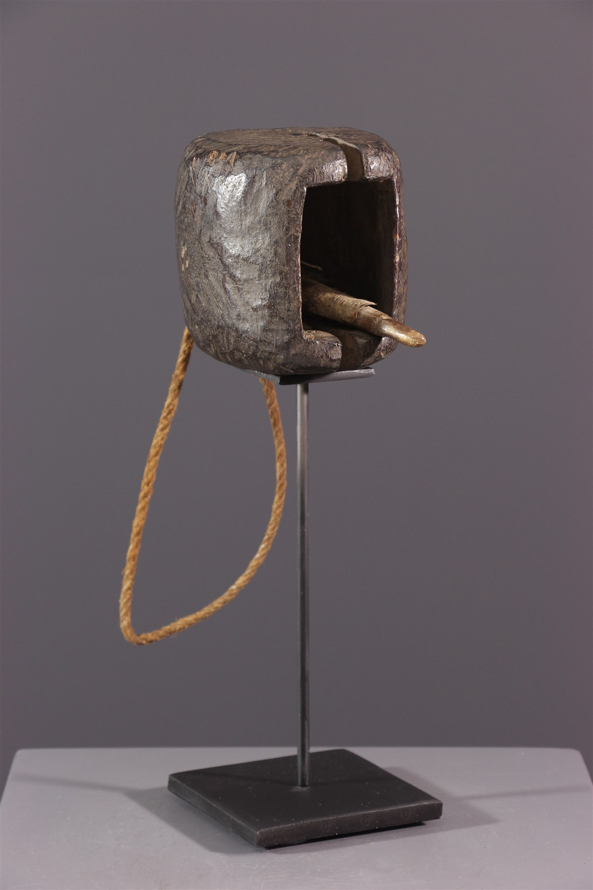 Cloche à battant Bakongo, Yombe - art africain