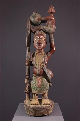 Figures dautel Yoruba polychrome
