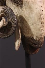 Masque africainMasque Baoulé bélier