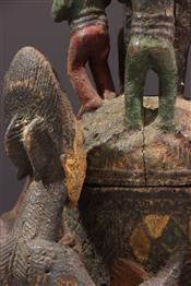 Pots, jarres, callebasses, urnesCoupe à offrandes Yoruba polychrome