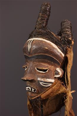 Masque Pende Mbuya Fumu