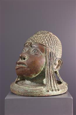 Art africain - Tête de souverain  Bénin en bronze