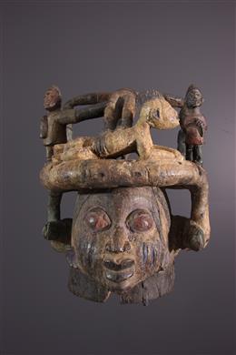Masque heaume Yoruba Nago du culte Gelede