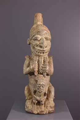 Statue Pombo Sapi Kissi