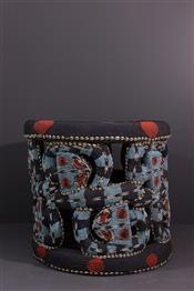 Tabourets, chaises, trônesTabouret Bamileke