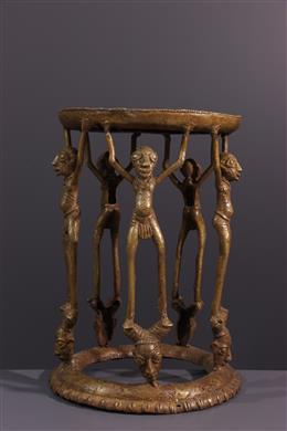 Tabouret de prestige Tikar en bronze