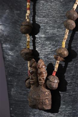 Collier talisman Yaka