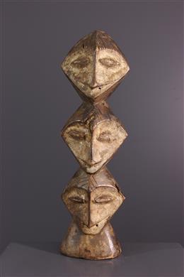 Figure d initiation Lega Tricéphale