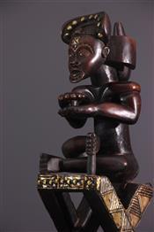 Tabourets, chaises, trônesCoffre Chokwe
