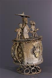 Pots, jarres, callebasses, urnesPot Akan Kuduo