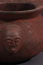Pots, jarres, callebasses, urnesCoupe Kuba