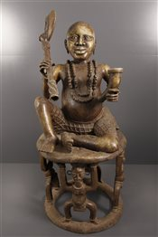 Statue Oba assis Benin Bini Edo