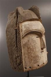 Masque casque Fang Ngon Ntang