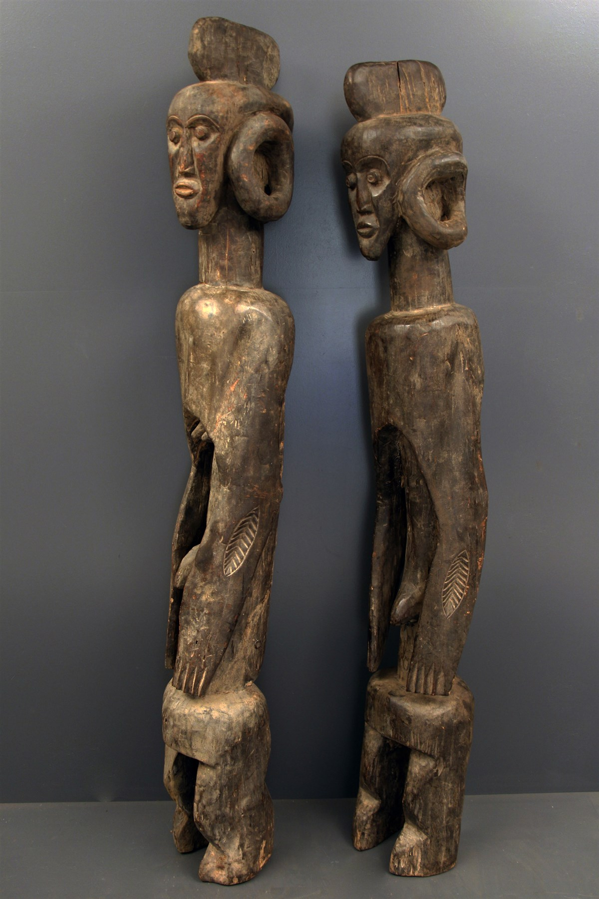 couple de statues mumuy lagalagana 6104 statues art africain. Black Bedroom Furniture Sets. Home Design Ideas