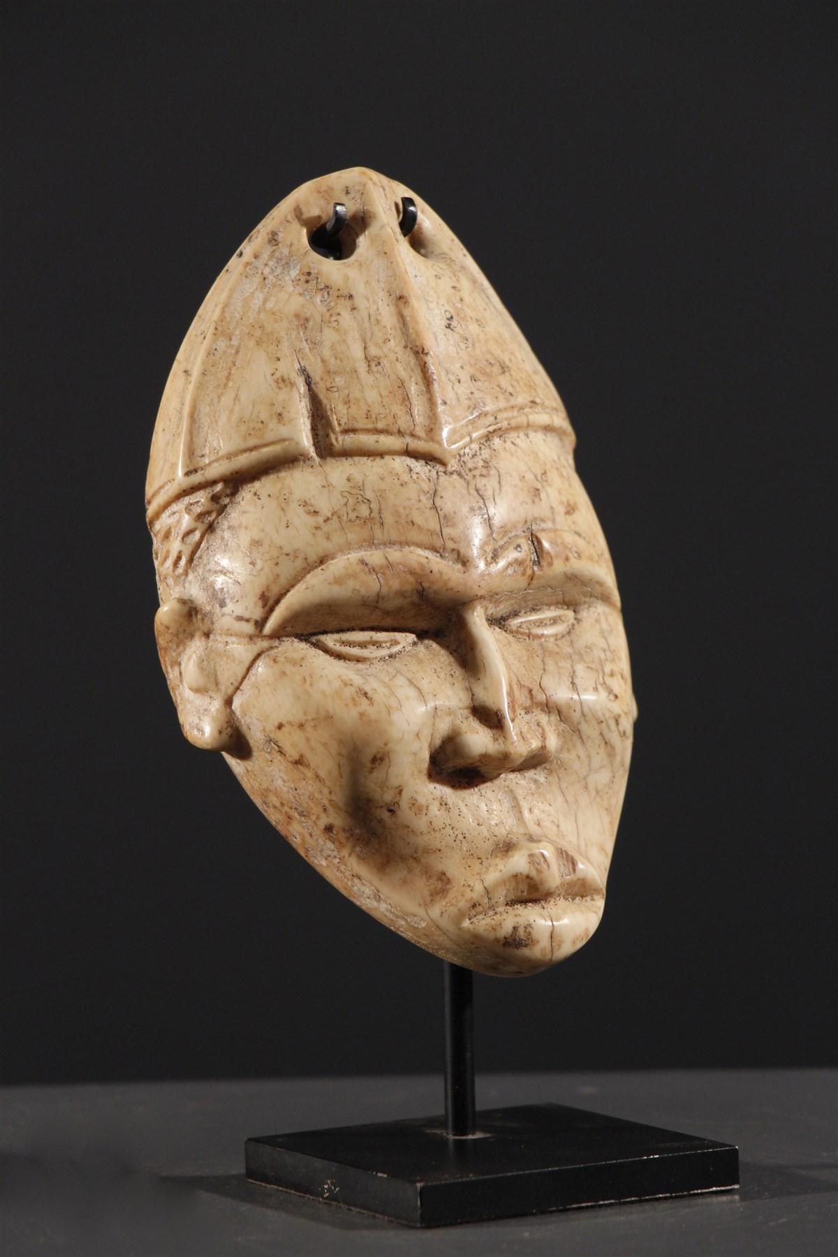 datation antique Ivoire