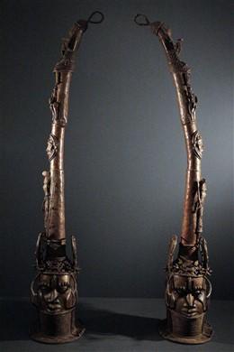 Paire grandes têtes d autel Benin Bini Edo