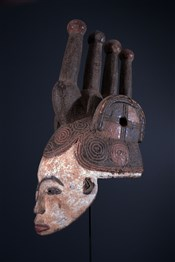 Masque Agbogho muo Igbo