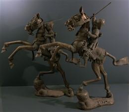 Paire de grands cavaliers en bronze Bamoun