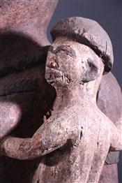 Statues africainesCouple de grandes statues Bembé