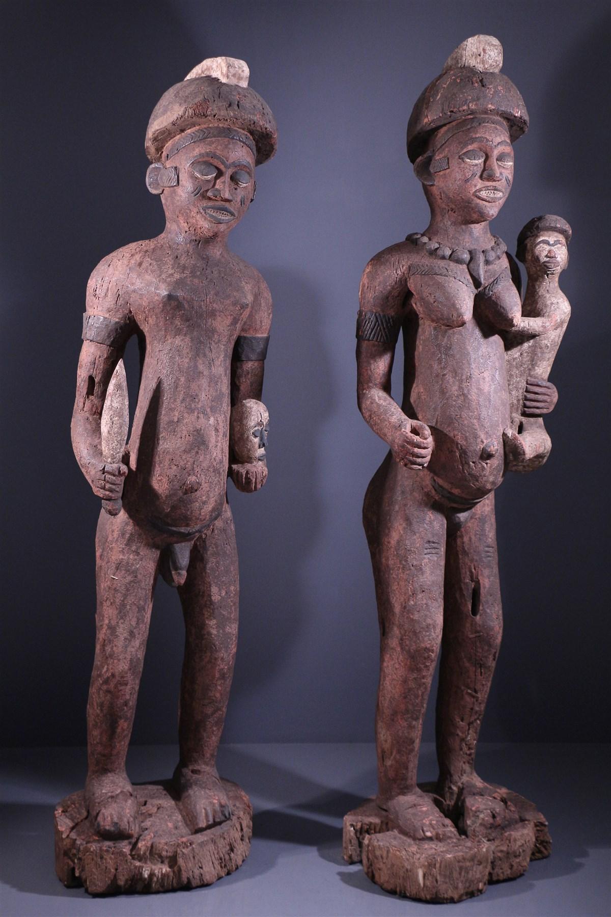 Couple de grandes statues Bembé - Art africain