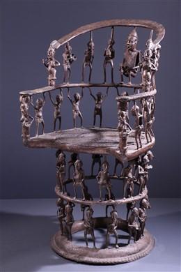 Art africain - Grand trône Tikar en bronze