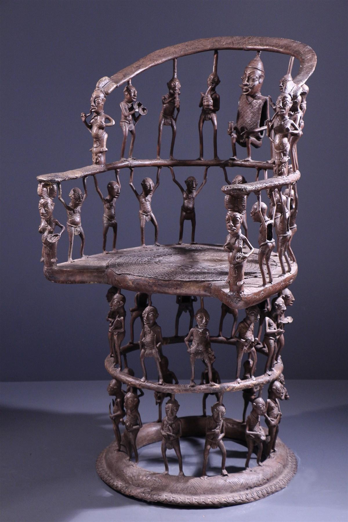 Grand trône Tikar en bronze - Art africain
