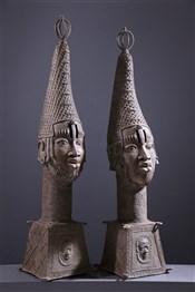 bronze africainPaire de grandes têtes d autel royal Benin Bini Edo